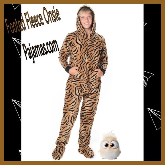 5e1ebe8c3cbd Footed pajamas.com Intimates   Sleepwear